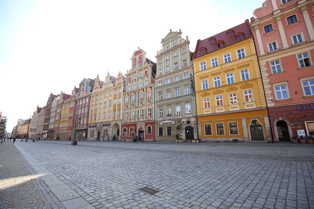 The pretty colorful houses of Wroclaw.