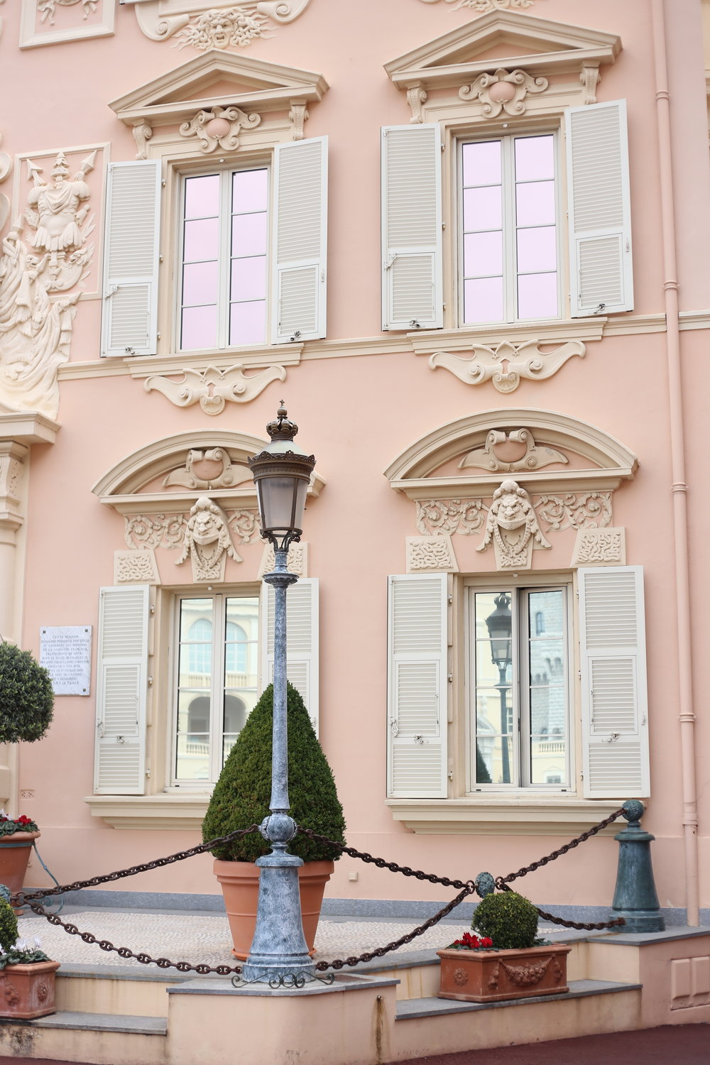 Pink candy houses - such perfect apartments on the royal hilltop of Monaco.