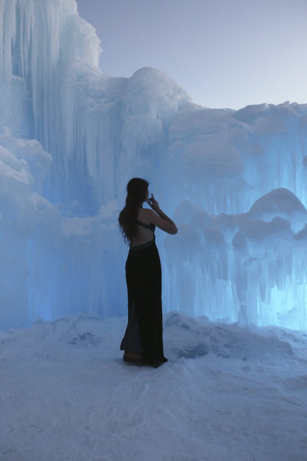 frozen photoshoot ice castle