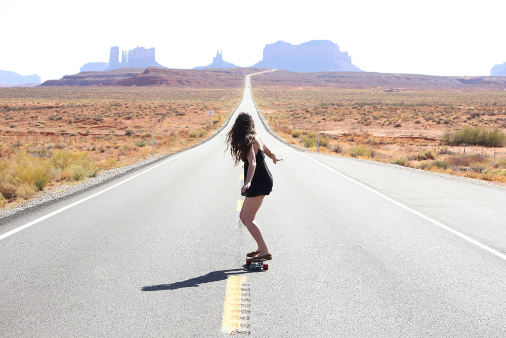 skateboarding-monument-valley