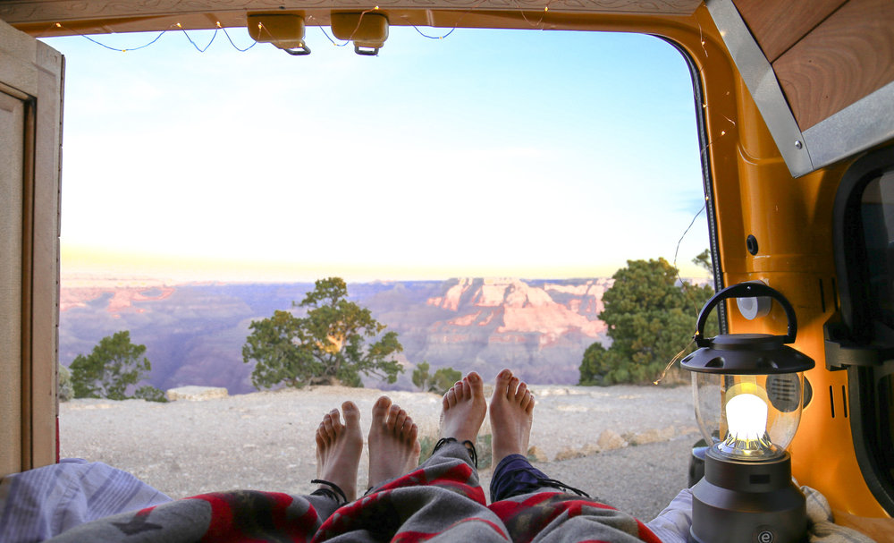 sunrise-vanlife-grand-canyon