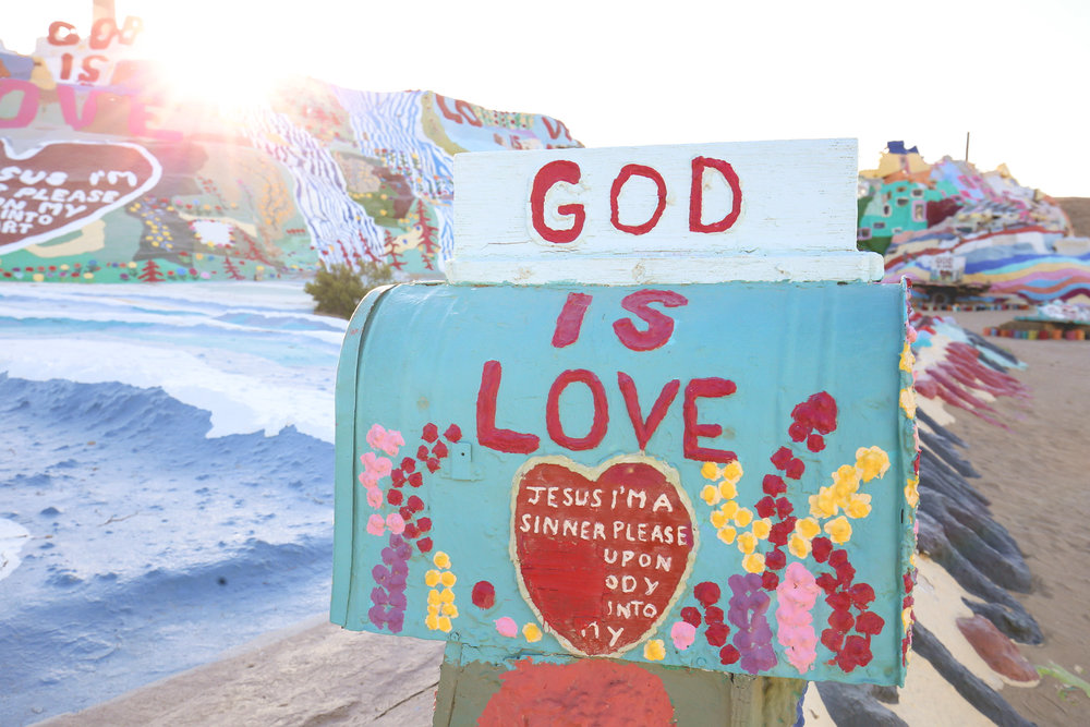 god-is-love-mailbox
