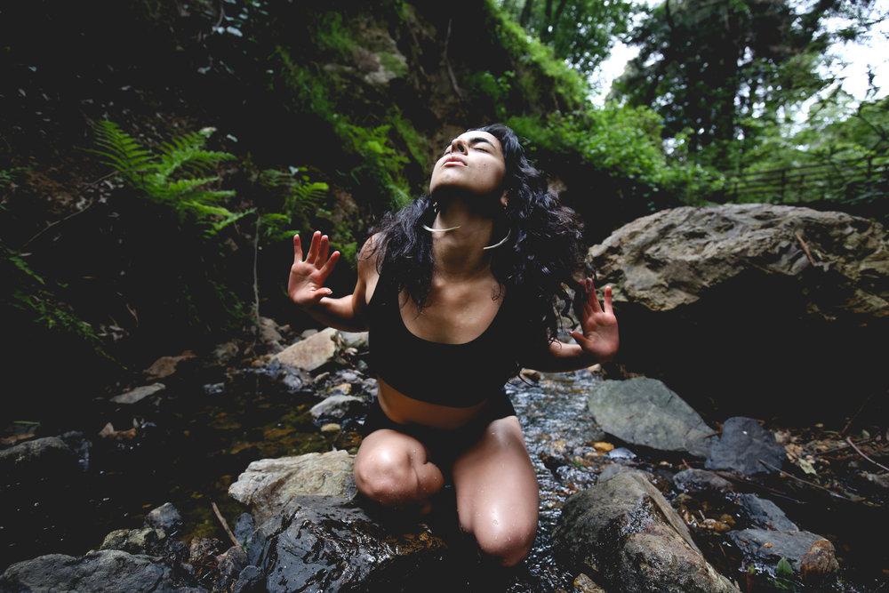 earth-awakening-goddess