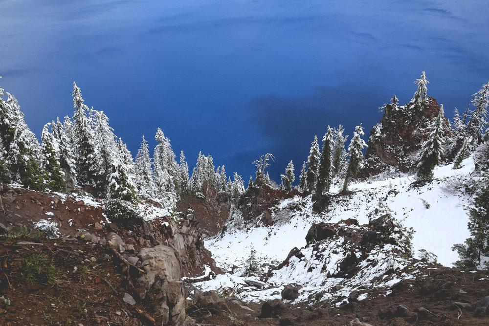 crater-lake-blue-colour