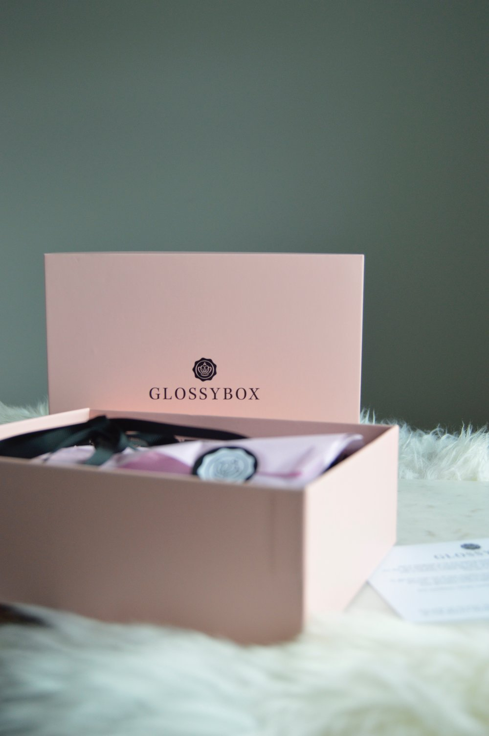 Glossybox UK April unboxing, Beauty Blogger Review The Creative Larder