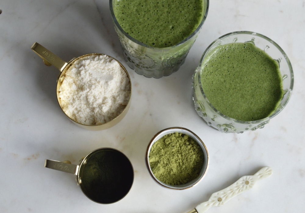 Green Protein Smoothie with Almond Butter, Spirulina, Spinach and Matcha Powder