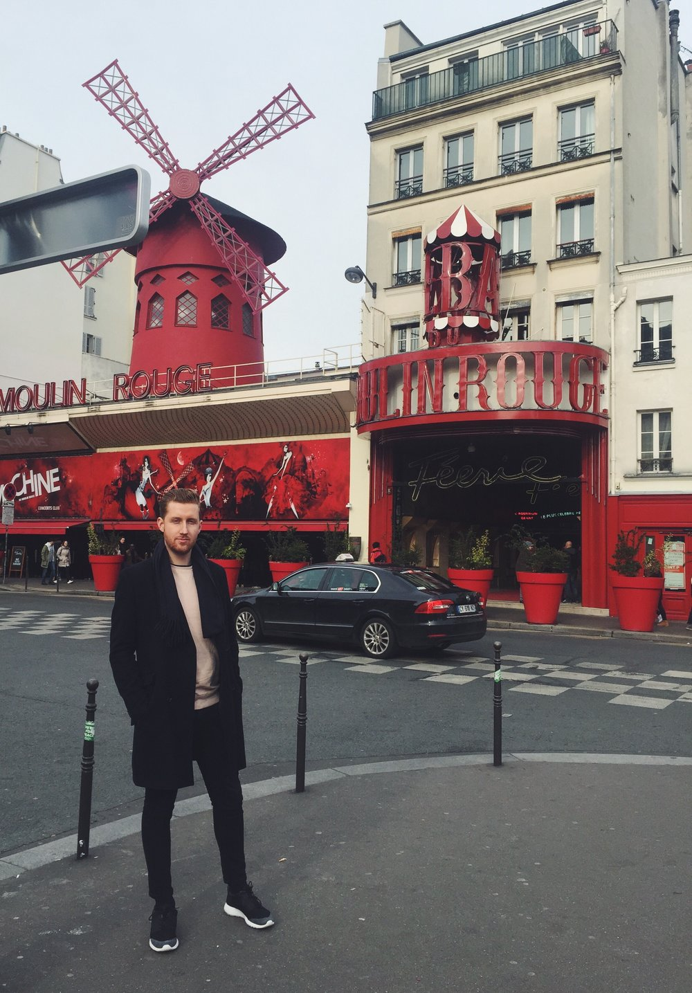 Daniel Robinson, Fashion Stylist. Moulin Rouge Paris