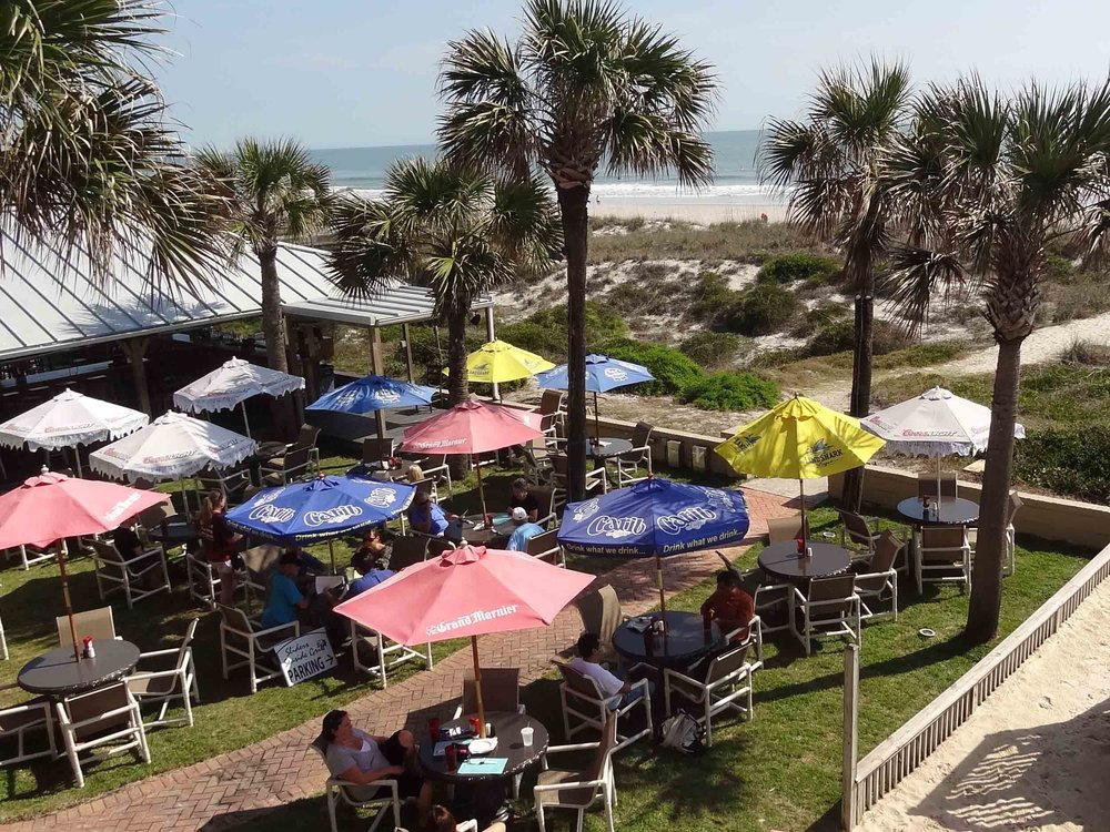 Sliders Seaside Grill Outdoor Tables