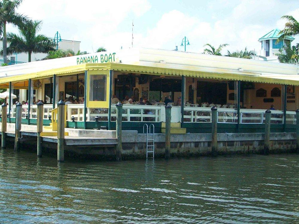 Banana Boat Exterior