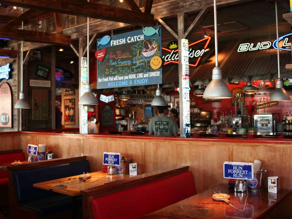 Bubba Gump Shrimp Co Interior Bar