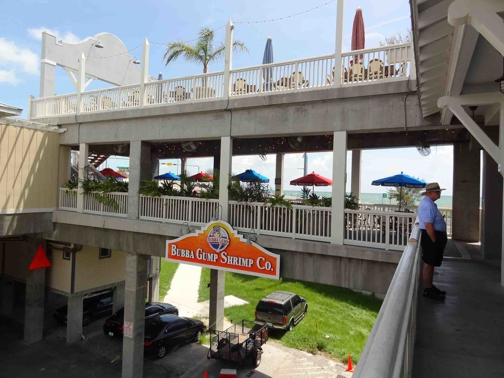 Bubba Gump Shrimp Co Dual Patio