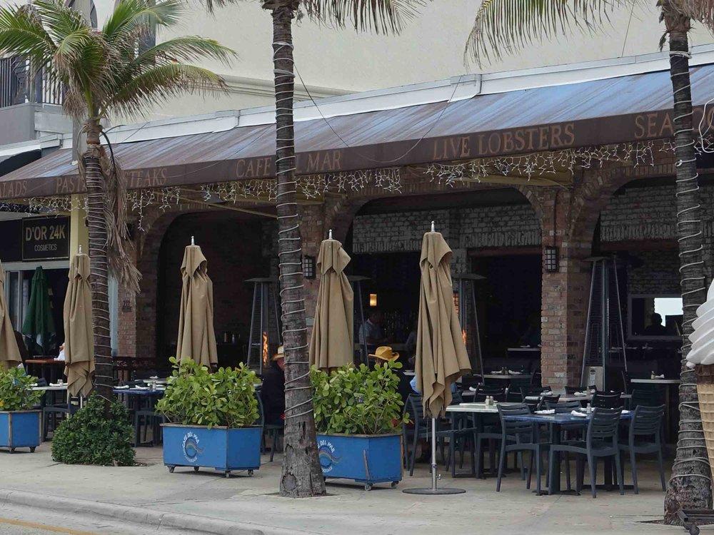 Cafe Del Mar Exterior