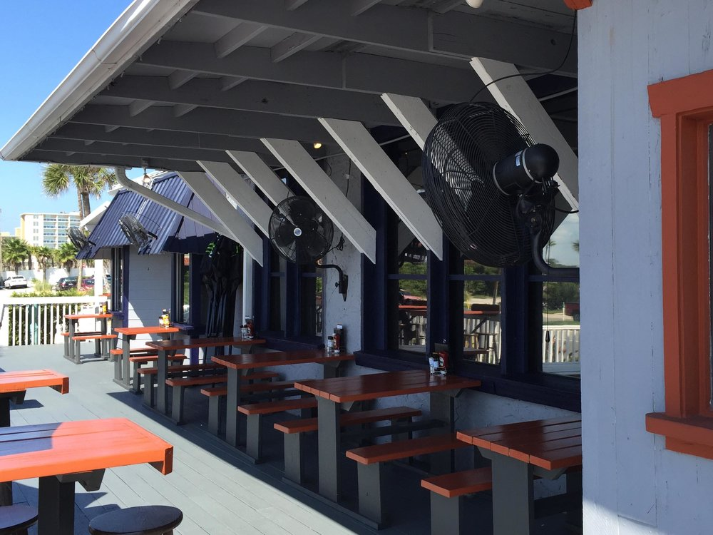 Riptides Raw Bar and Grill Outdoor Dining Area