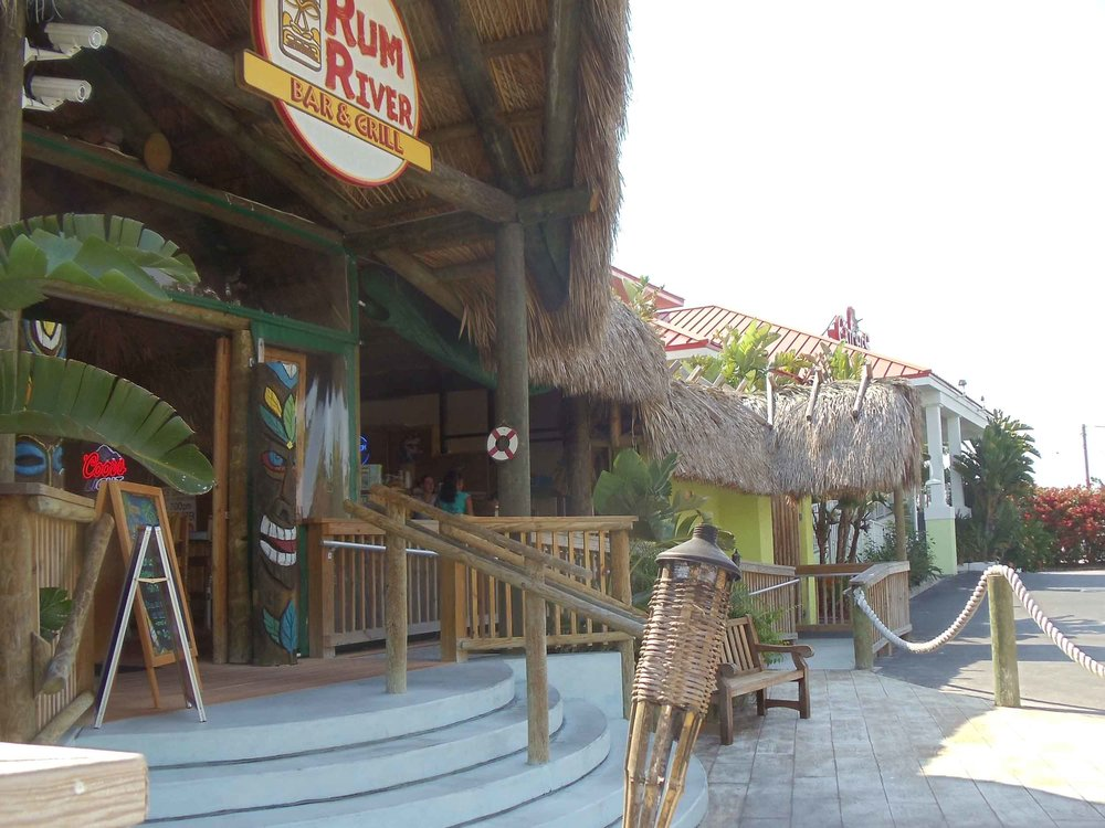 Rum River Bar and Grill Exterior