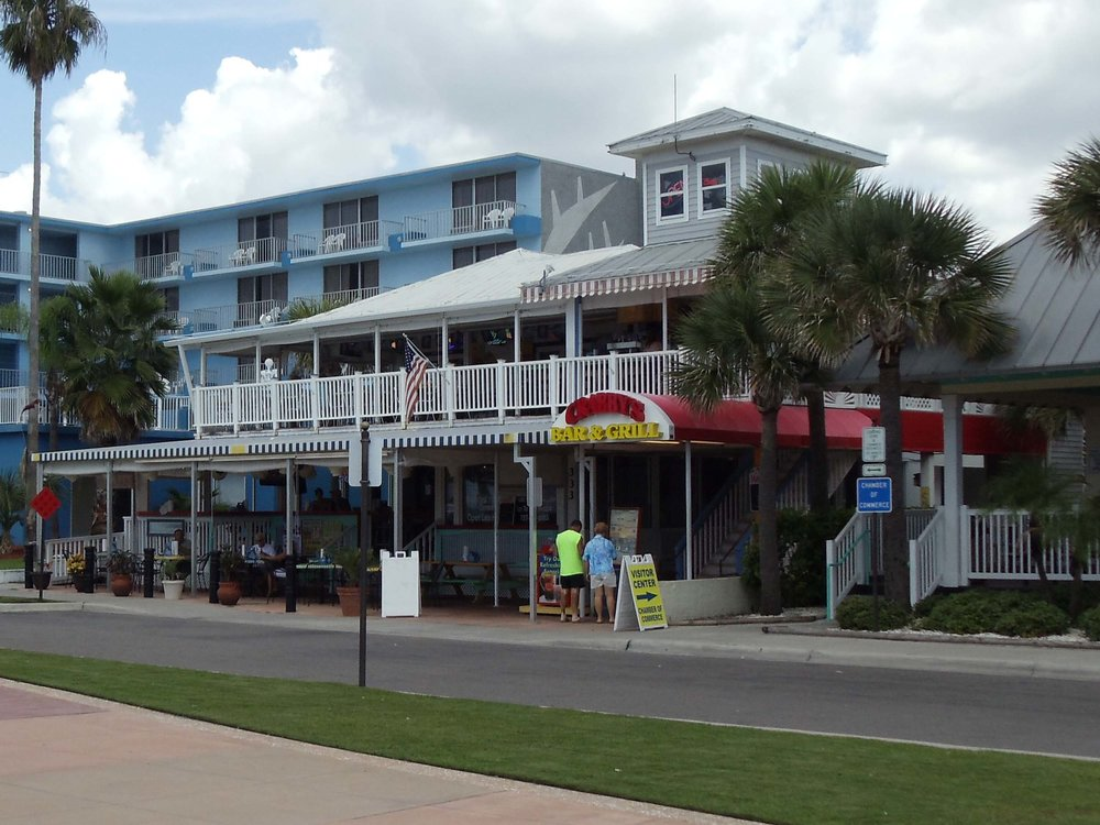 Crabby's Bar and Grill Exterior