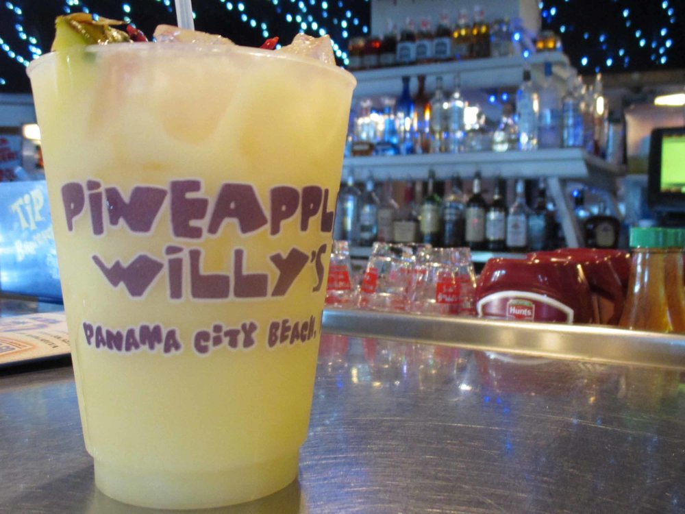 Pineapple Willy's Drink