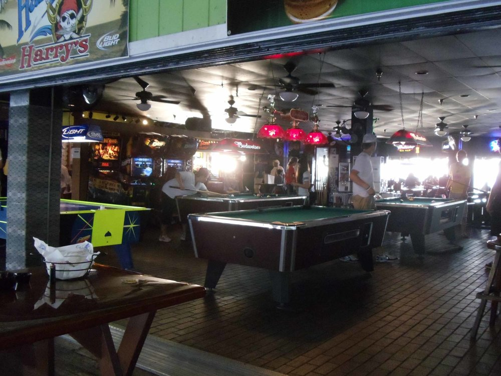 Harpoon Harry's Interior