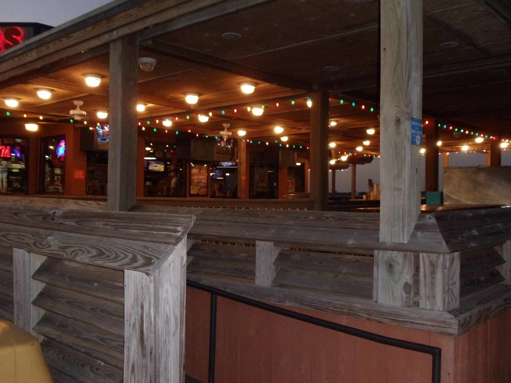 Hooters of Pensacola Beach Seating Area