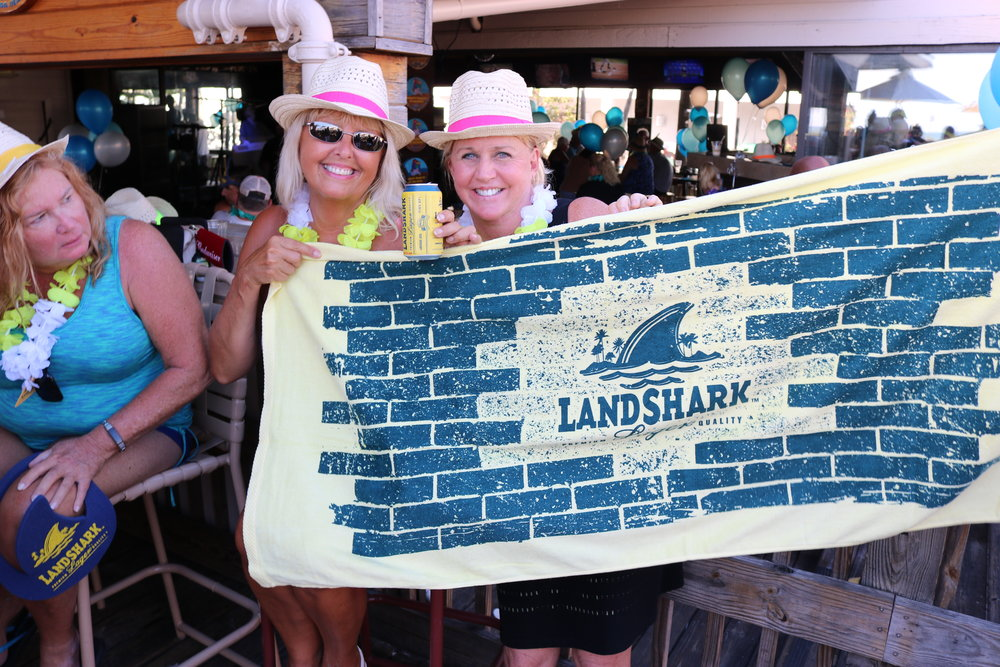 landshark sponsored the 2017 Top Florida Beach Bar awards and gave out lots of party swag!