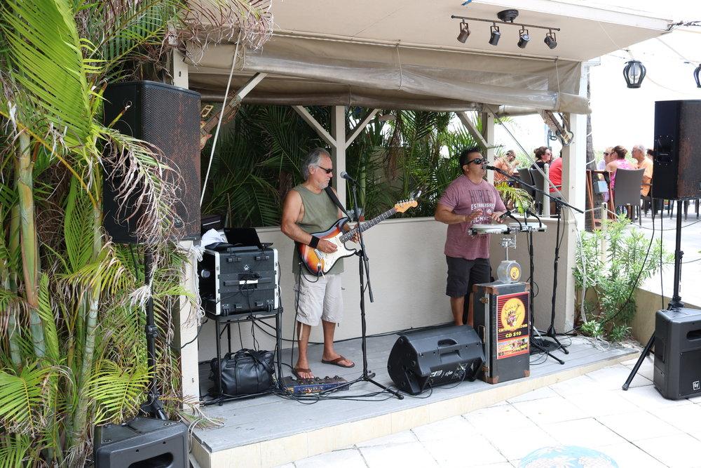 carlos and joe keep the celebration at bongos going