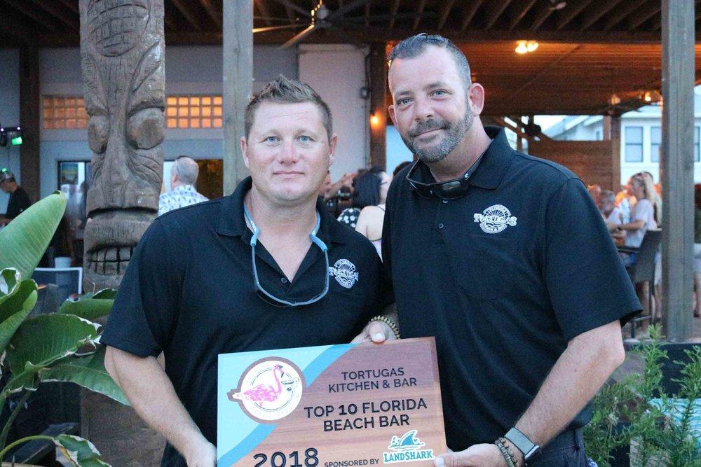 harrys beach bar award party