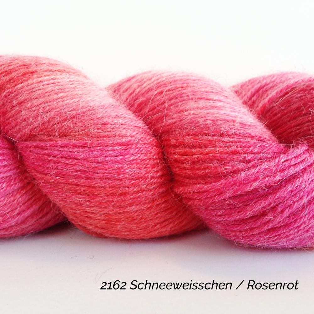 2162 Schneeweisschen Rosenrot.JPG