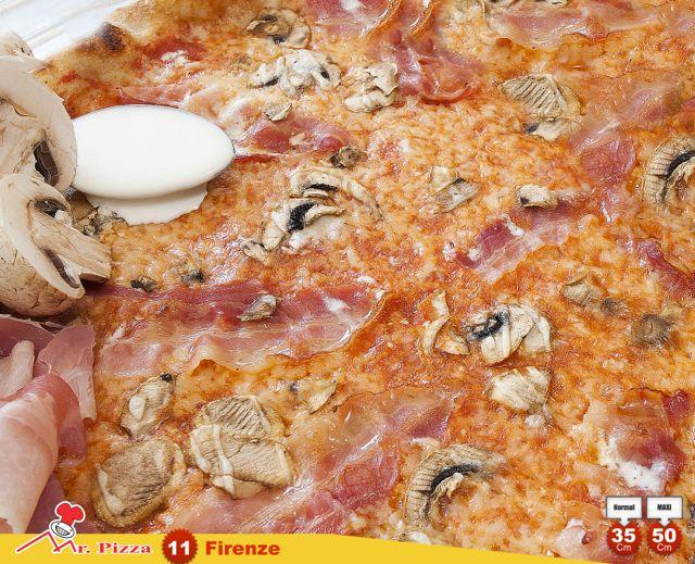 #11 - Firenze tomato . mozzarella . bacon . fresh mushrooms . cream . oregano