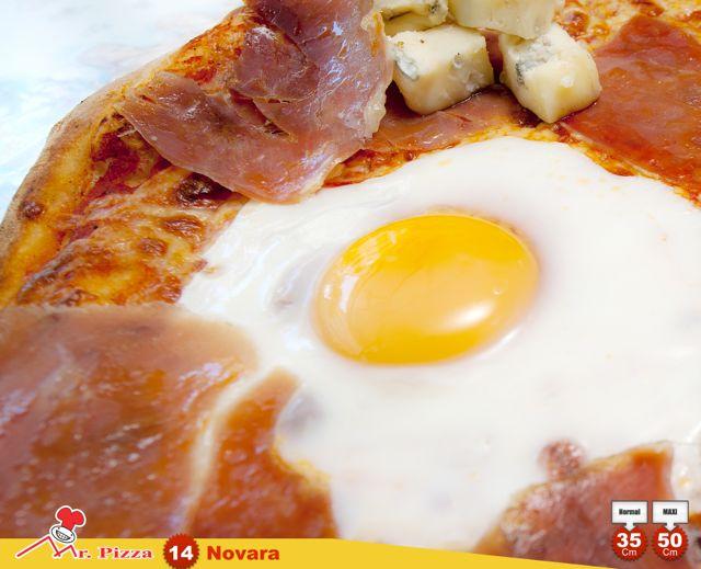 #14 -Novara tomato . mozzarella . gorgonzola . egg . ham . oregano