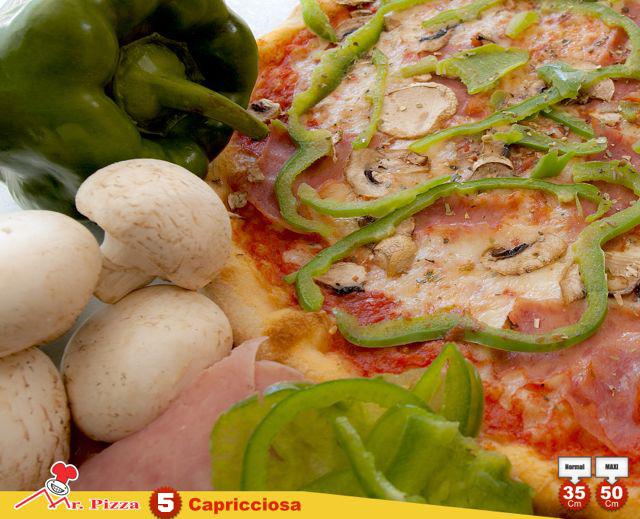 #5 - Capricciosa tomato . mozzarella . ham . fresh mushrooms . green pepper . oregano