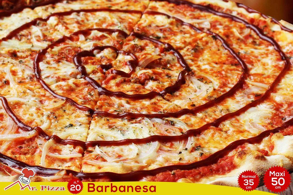 #20 -BarBANESA tomato . mozzarella . minced meat . onions . barbecue sauce . oregano