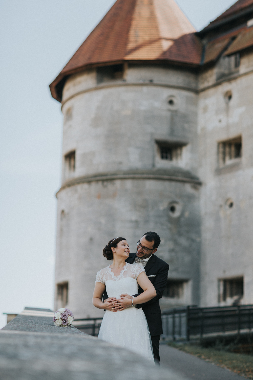 Brautpaarfotos am Schloss.jpg