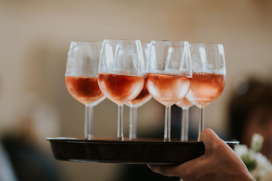 Cocktails beim Sektempfang im Schloss Kapfenburg