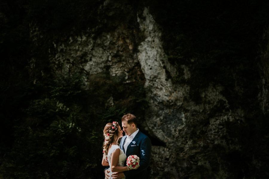 Hochzeitsfotograf Aalen-Anastasia Vyatkina-Brautpaar am Brenzursprung.jpg