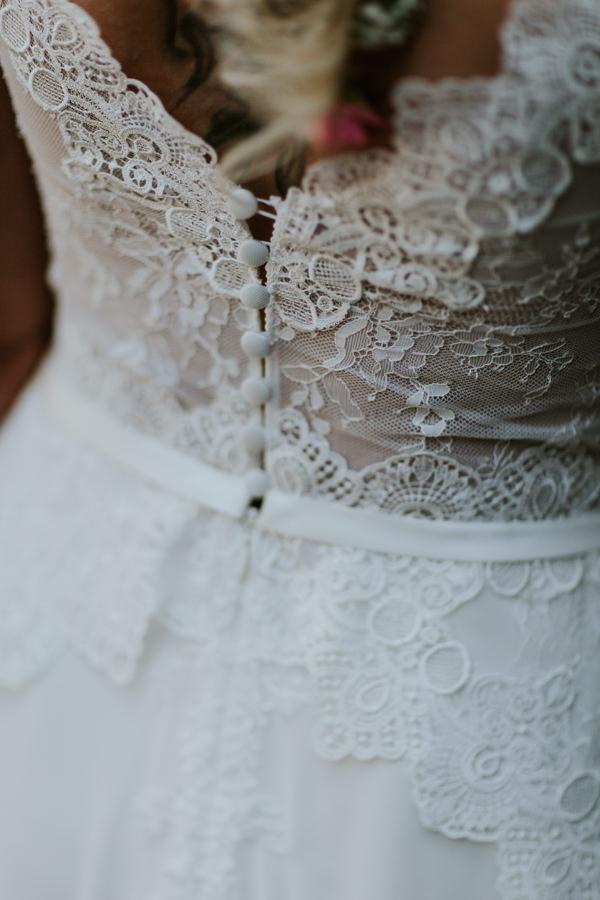 Hochzeitsfotograf Ellwangen-Brautkleid.jpg