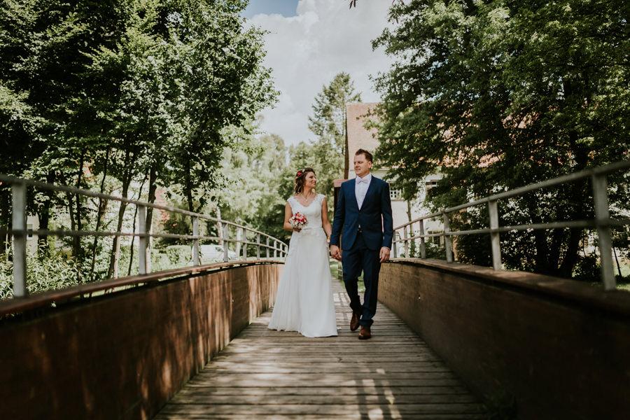 Hochzeitsfotograf Heubach-Anastasia Vyatkina-Brautpaarshooting am Brenzurpsrung Heidenheim.jpg