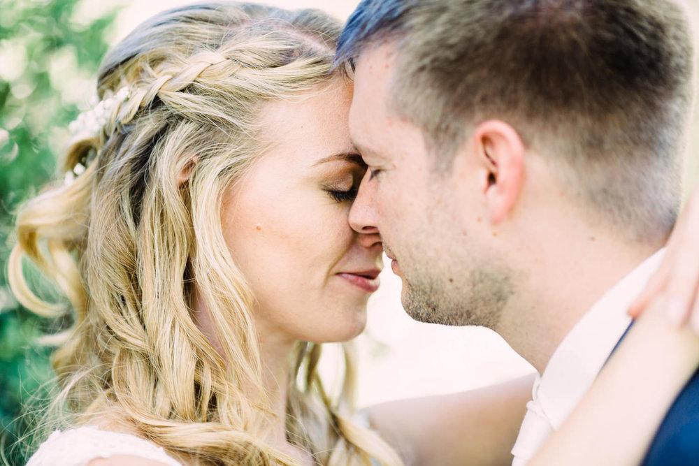 Nahporträt von der Braut und Bräutigam am Bodensee von Hochzeitsfotograf Bodensee