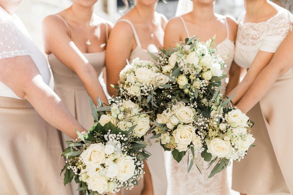 Weisse Rosen für Brautstrauss Hochzeitsfotografin Anastasia Vyatkina