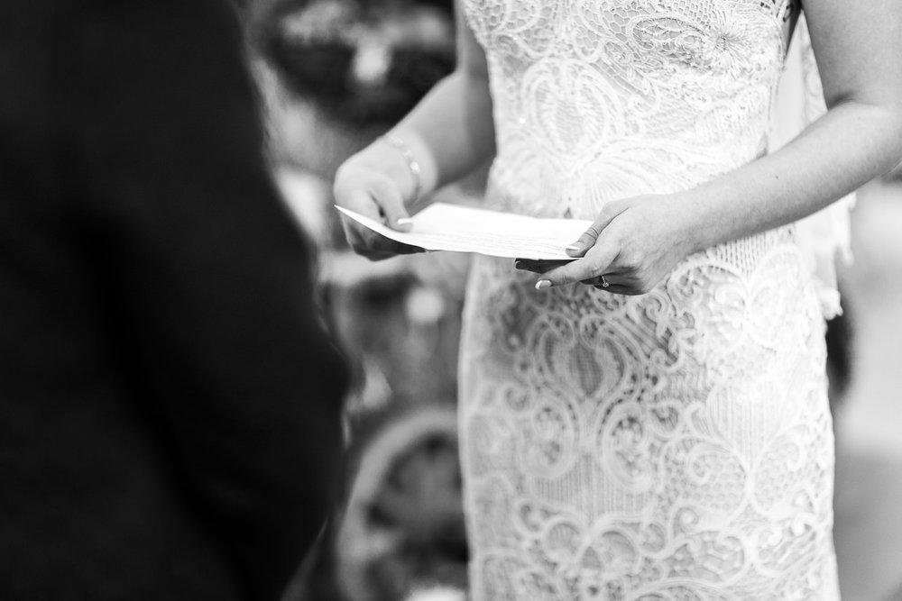 Eheversprechen-Anastasia-Hochzeitsfotografin Ellwangen.jpg