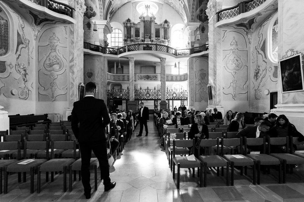 Hochzeitsfotograf in Ellwangen Anastasia Vyatkina vor der Trauung