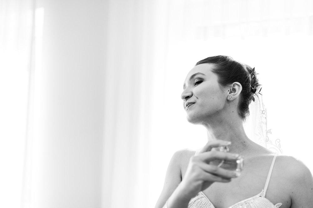 Brautbild beim Getting Ready