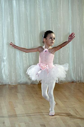 starsKids_ballet03a_kidsDance_childrensDance_Arizona_Tempe_Mesa_Chandler_Scottsdale.png