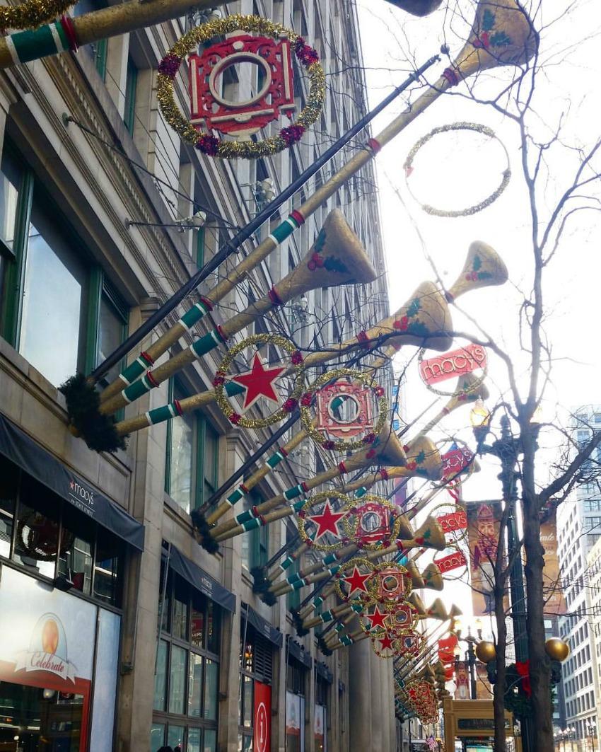 Macy's Christmas 850.jpg