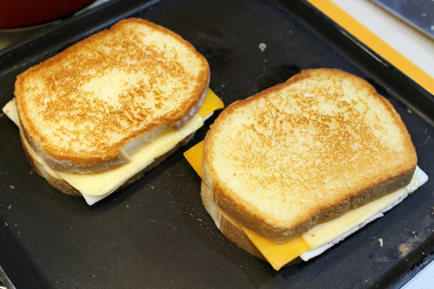 Grilled Three-Cheese 5.0.jpg