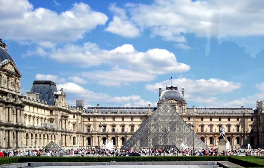Louvre 1.0.jpg