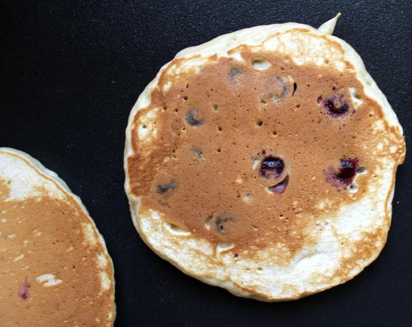 Simple Blueberry Pancakes 5.0.jpg