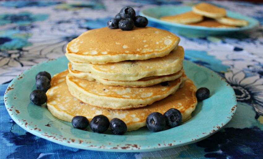 Simple Blueberry Pancakes 7.0.jpg