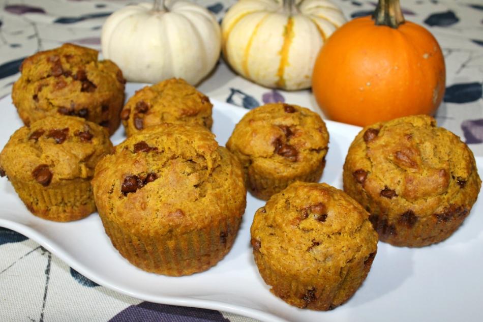 Pumpkin Cinnamon Chip Muffins 2.0.jpg