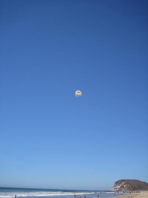 parasailing mazatlan mexico