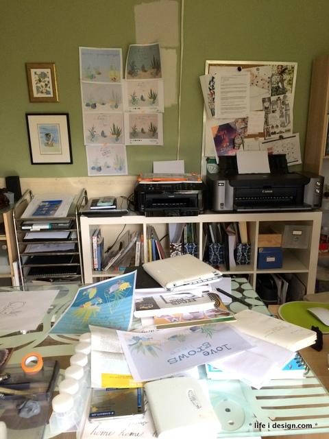 nicki's desk and designs