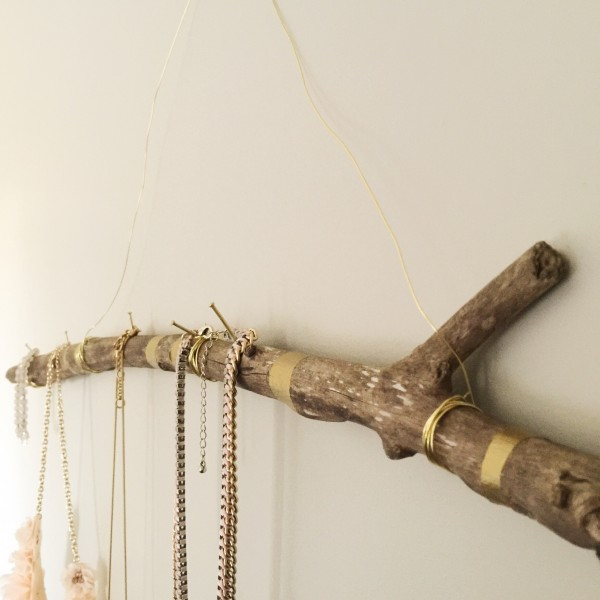 DIY branch jewellery holder - easy and cheap. www.lifeidesign.com